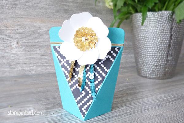 Selbstschließende Schachtel Bigz Bouquet Bermudablau Gold Jede Menge Liebe Schwarz Geschenk verpacken DIY